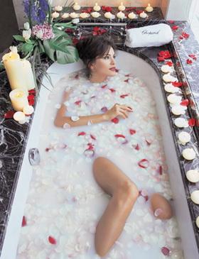 молочная ванна Клеопатры