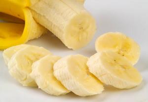Можно ли кормящей маме бананы